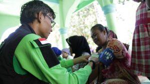 pemeriksaan kesehatan program dompet dhuafa banten